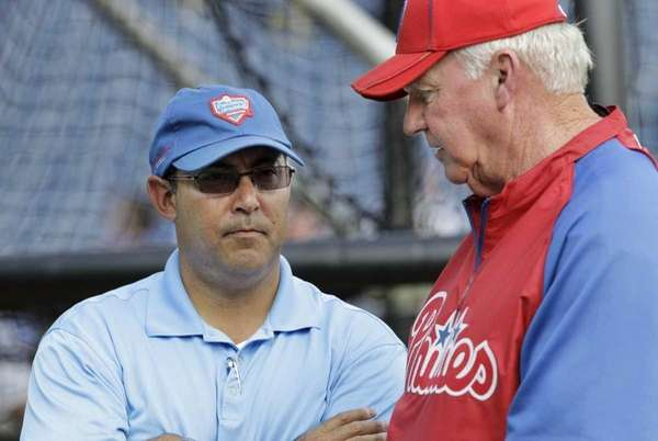 Philadelphia Phillies manager Charlie Manuel, right, and the