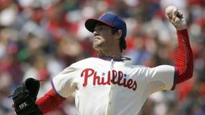 Philadelphia Phillies starting pitcher Cole Hamels throws against