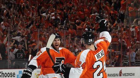 Matt Read of the Philadelphia Flyers celebrates his
