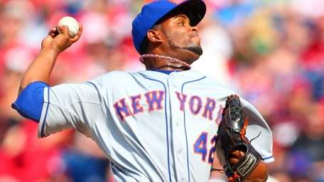 Ramon Ramirez of the New York Mets delivers