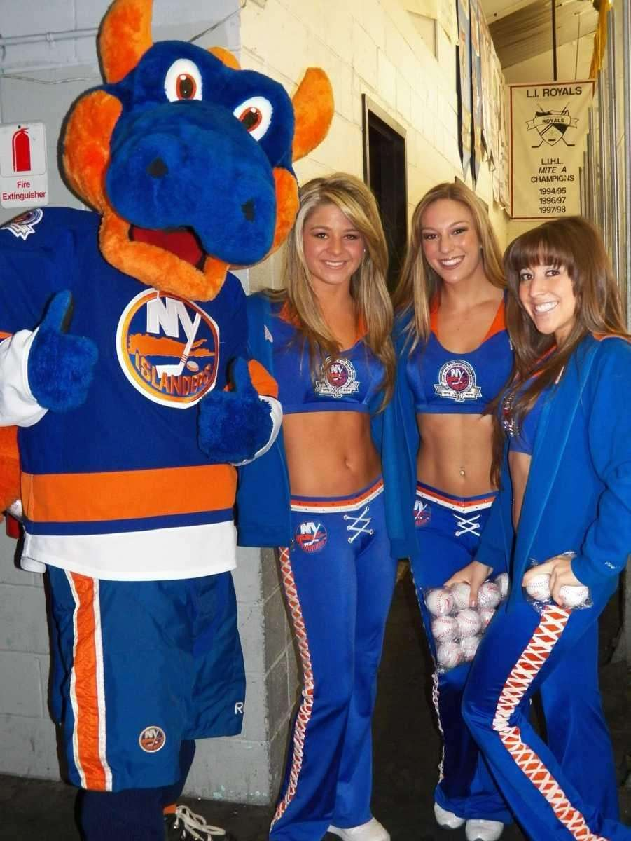 New York Islander mascot Sparky and the Ice