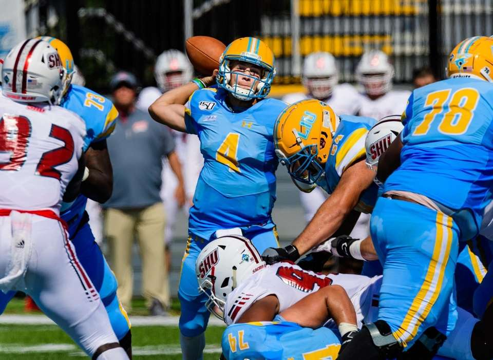 Long Island Sharks quarterback Clay Beathard (4) passes