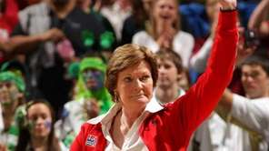 Tennessee Volunteers women's head coach Pat Summitt waves