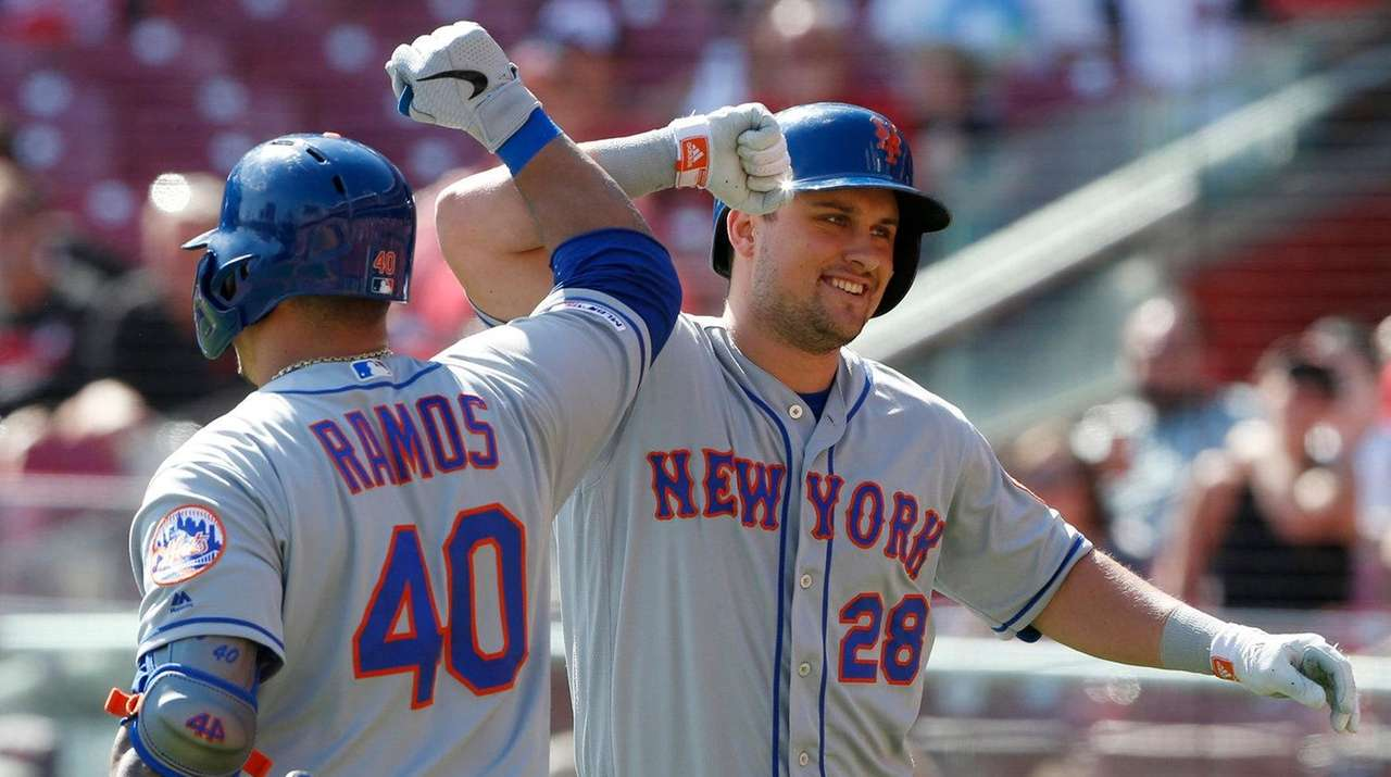 Mets beat Reds to finish 4-2 trip, but need wild card help