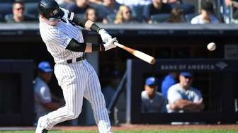 New York Yankees' Clint Frazier hits an RBI