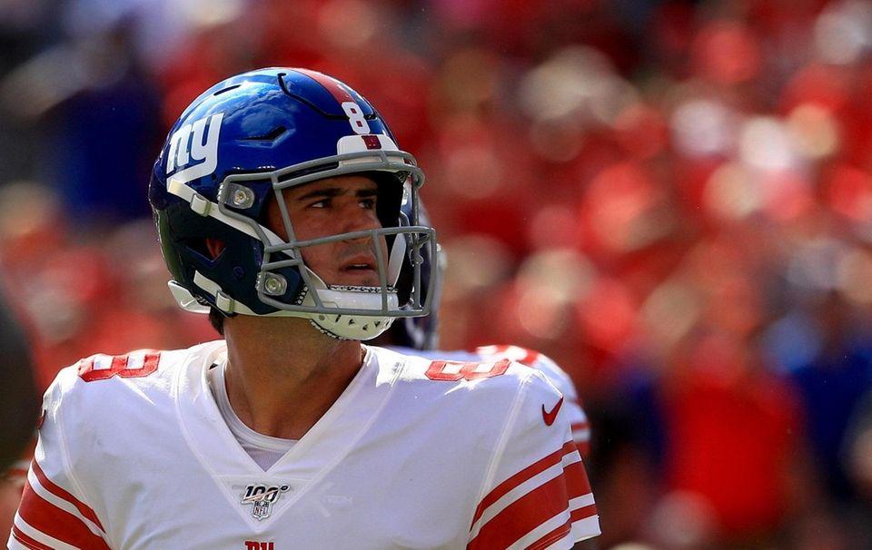 Quarterback Daniel Jones of the Giants reacts against
