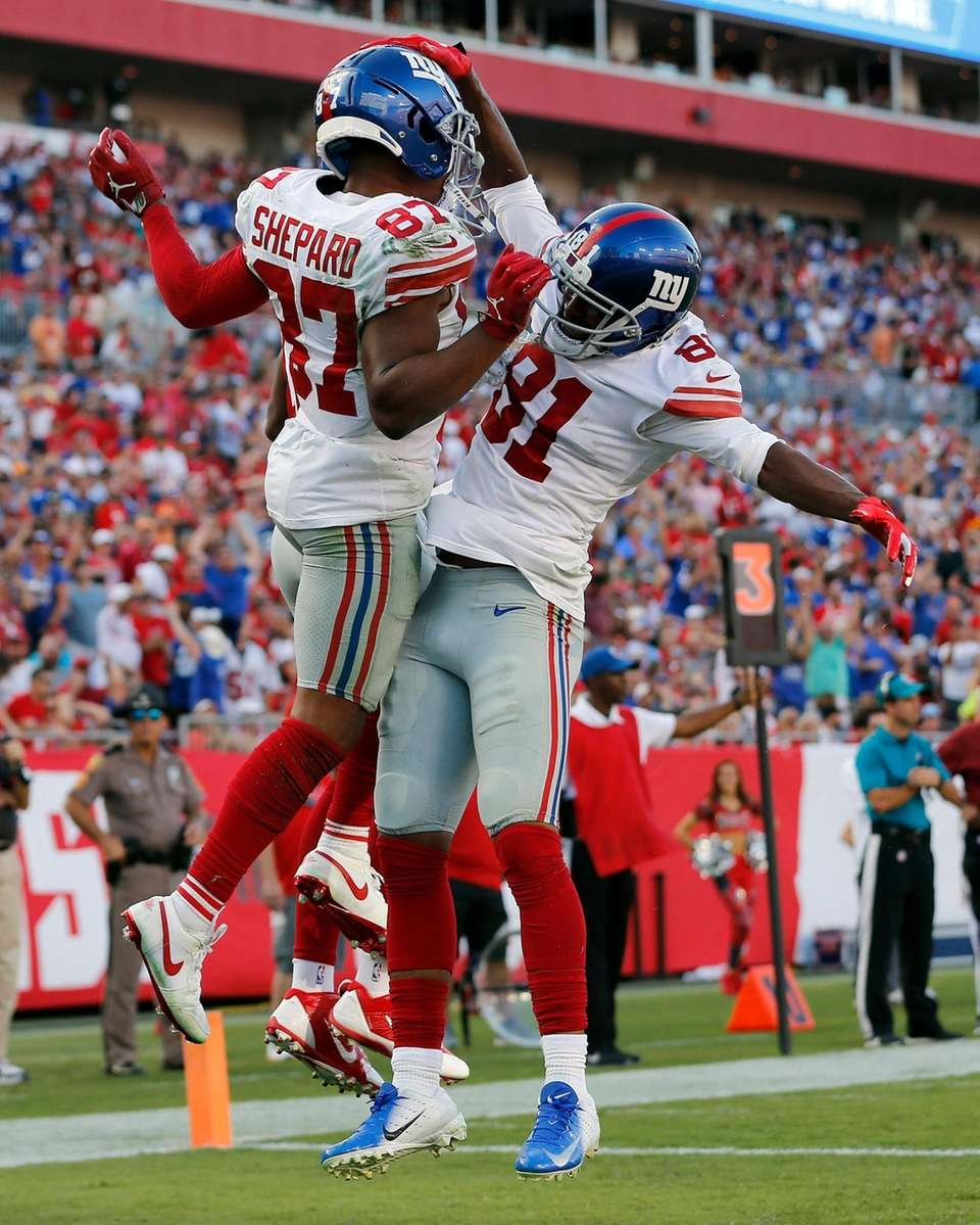 Giants wide receiver Sterling Shepard celebrates his touchdown