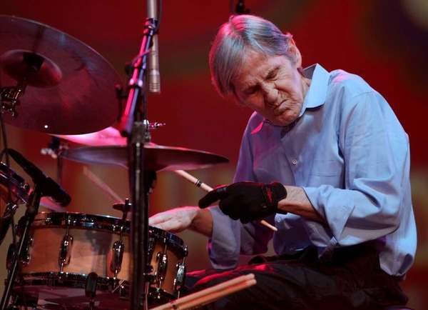 Levon Helm performs with the Levon Helm band