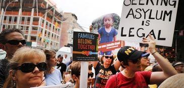 Protesters demand the Trump administration close its migrant