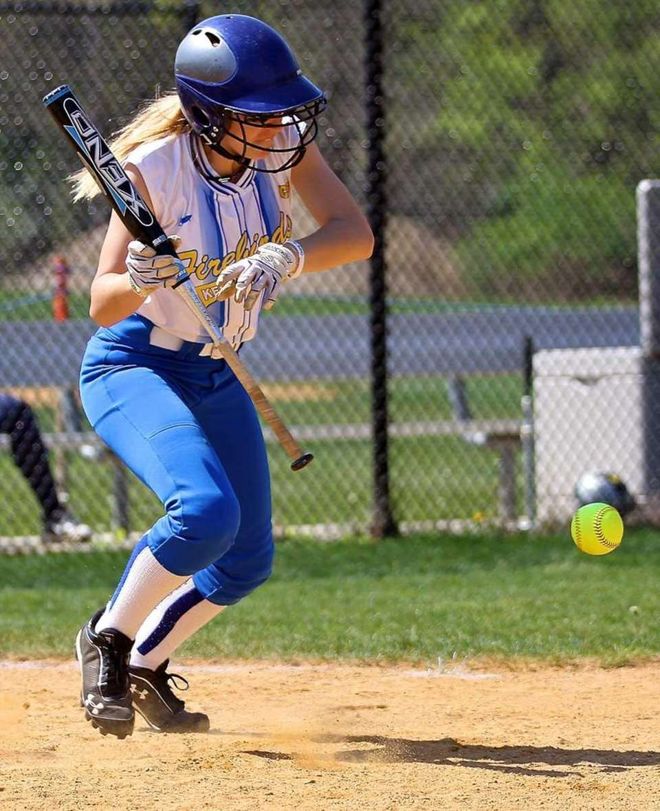 Kellenberg Stephanie Staiano #12 lays down the bunt