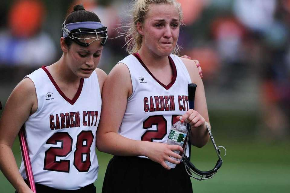 Krista Dampman #28 of Garden City and Lily