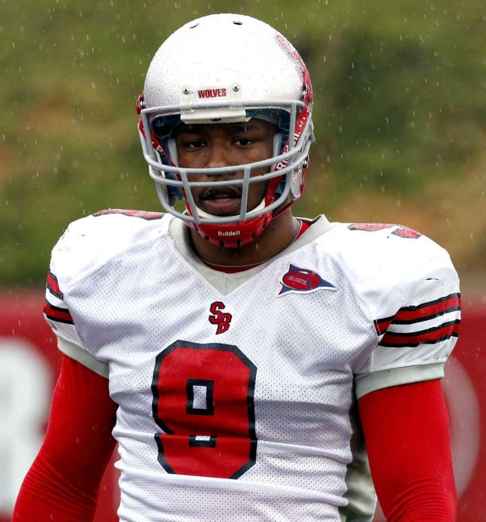 Stony Brook wide receiver Adrian Coxson during the