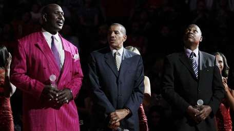 Former New Jersey Nets players, from left, Darryl