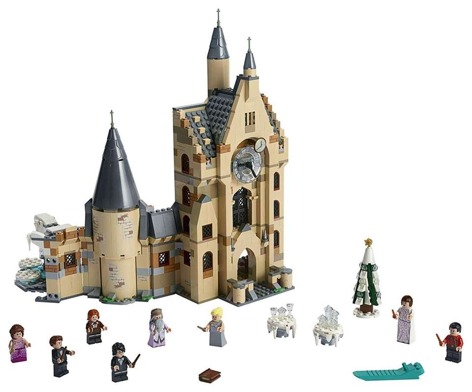 Kids can build a three level Hogwarts Castle