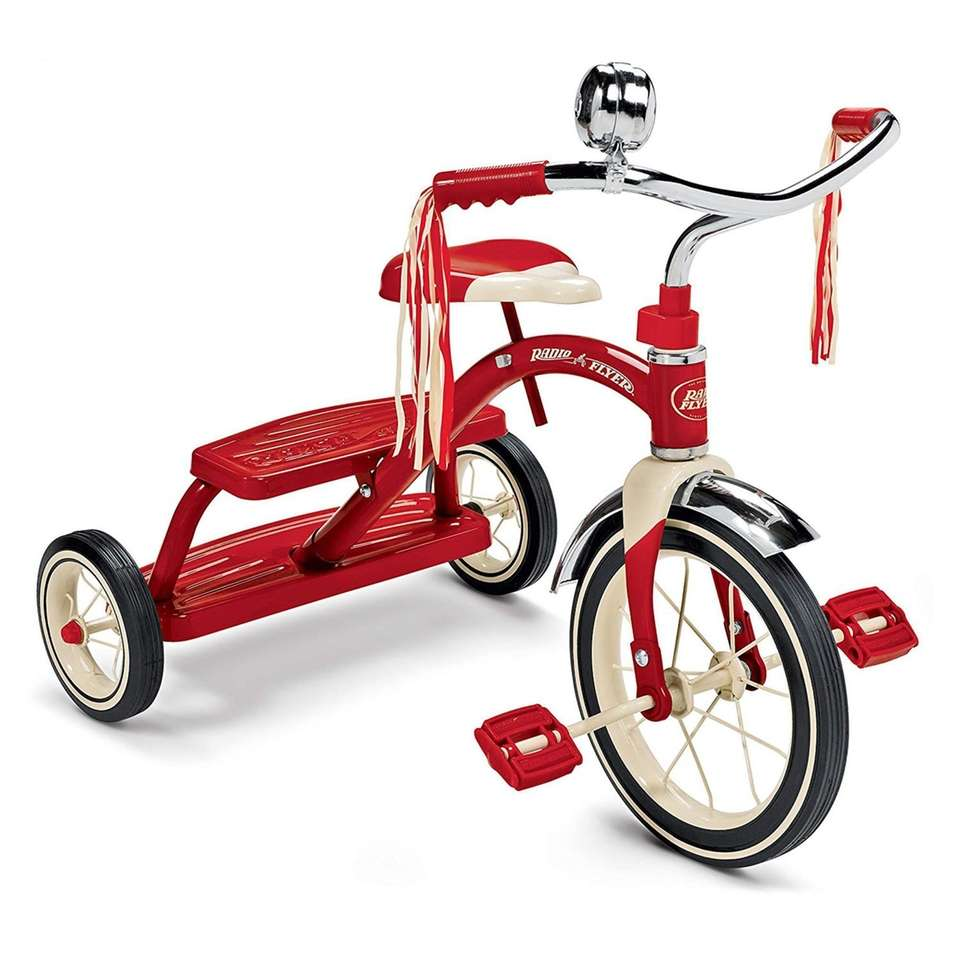 This classic-looking tricycle features chrome handlebars with streamers,
