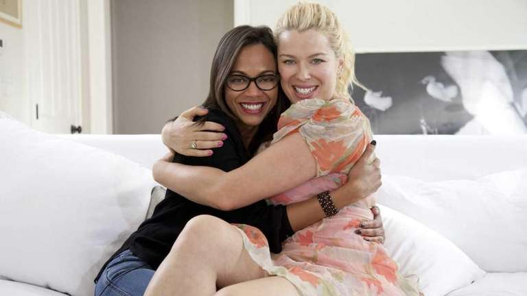 Actress Zoe Saldana talks with Amanda de Cadenet