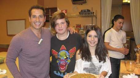 Kidsday reporters Hayden Dancy and Emily O'Brien, 13,