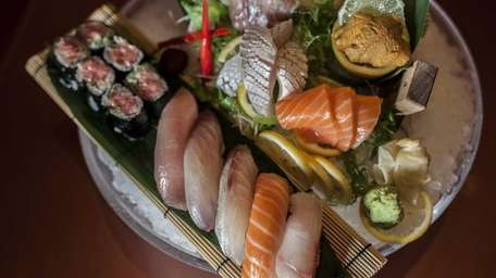 The ornate Ginza sushi and sashimi platter features