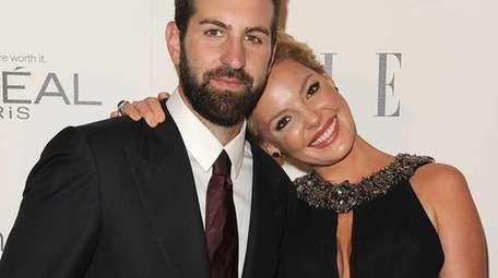 Singer-songwriter Josh Kelly and actress Katherine Heigl, already