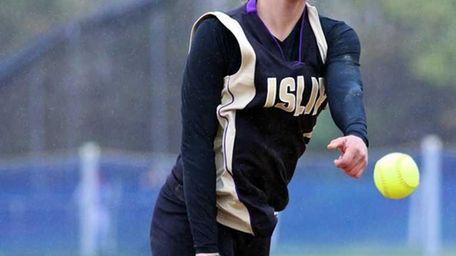 Islip starting pitcher Vanessa Juengerkes #6 delivers a