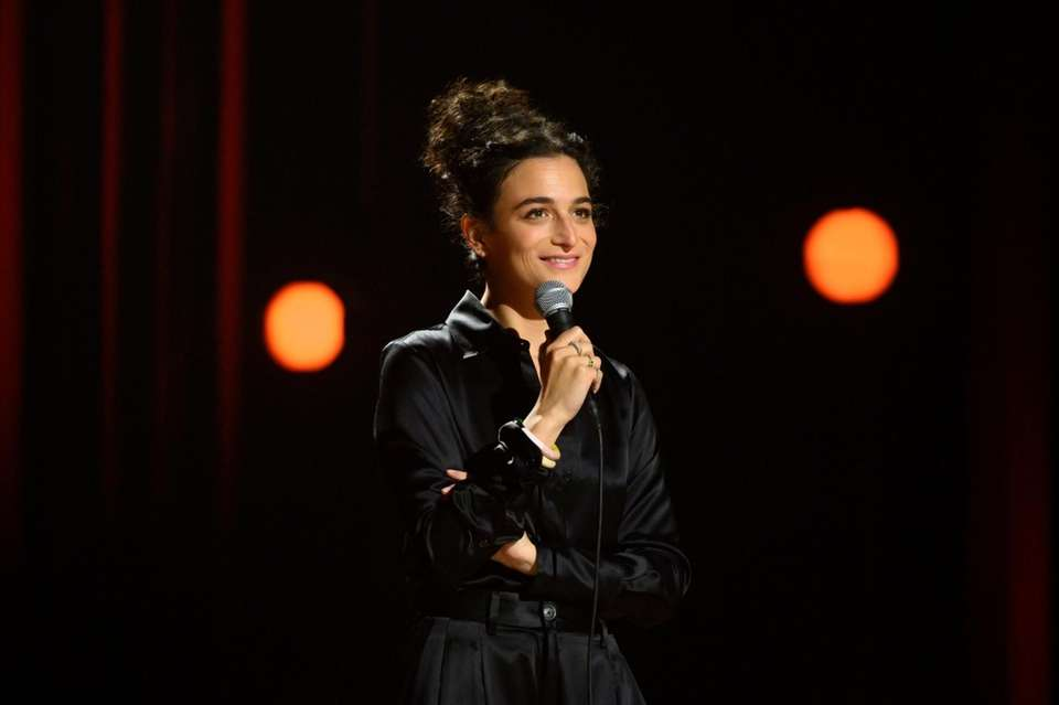 In her first Netflix special, comedian-actress Jenny Slate
