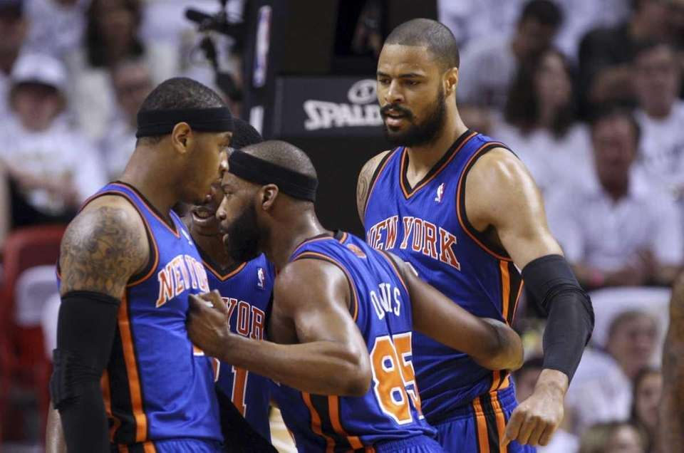 New York Knicks' Baron Davis (85) talks with