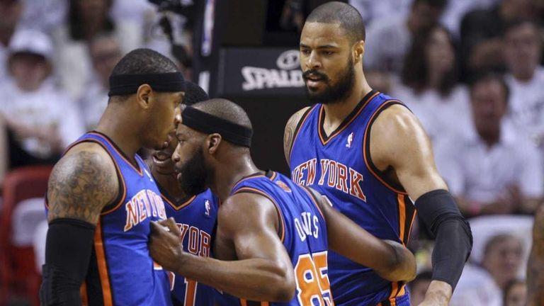 New York Knicks' Baron Davis (85) talks with