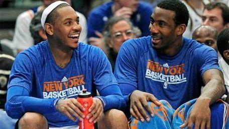 New York Knicks' Carmelo Anthony, left, and Amar'e
