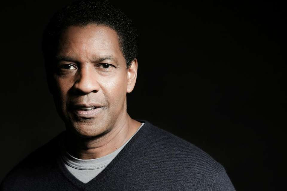 Denzel Washington played Troy Maxson in