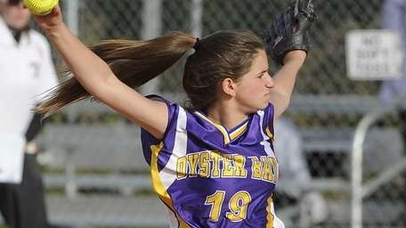 Oyster Bay starting pitcher Dana Galgano pitches in