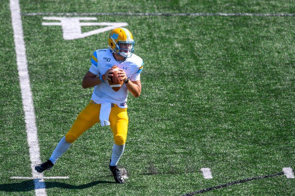 Long Island Sharks quarterback Clay Beathard (4) looks