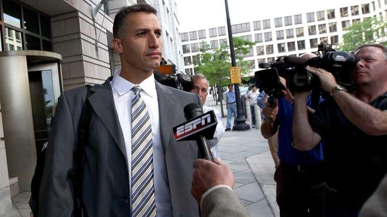 Andy Pettitte leaves the U.S. District Court after
