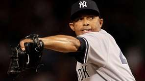 Yankees closer Mariano Rivera throws against the Texas