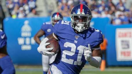 Giants safety Jabrill Peppers glides to his 32-yard