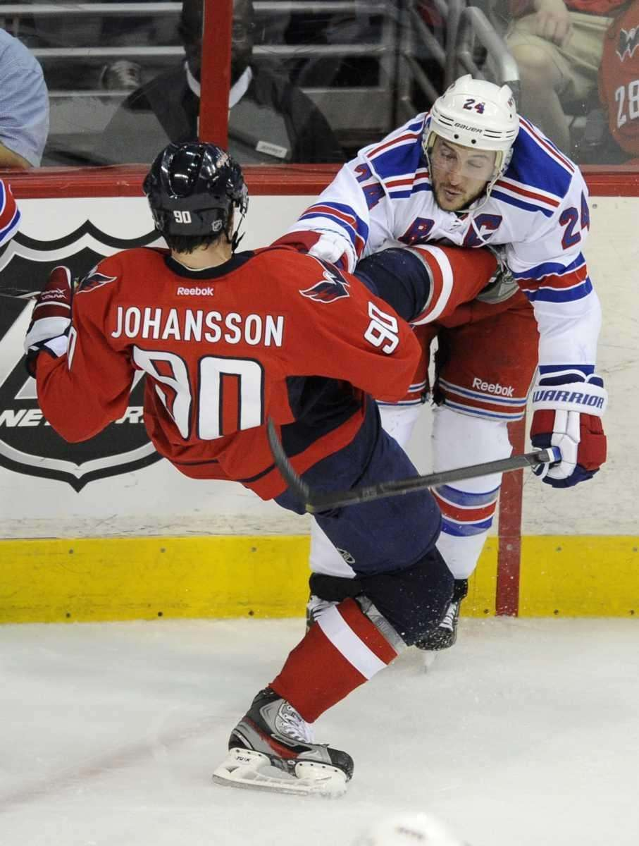 Washington Capitals center Marcus Johansson (90), of Sweden,
