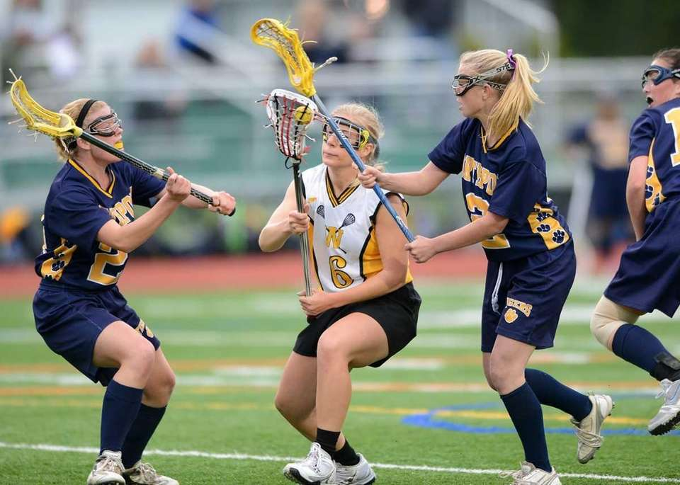 Wantagh's Allie McClain (6) works through as Northports