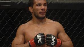 Dennis Bermudez of Massapequa beat Pablo Garza by