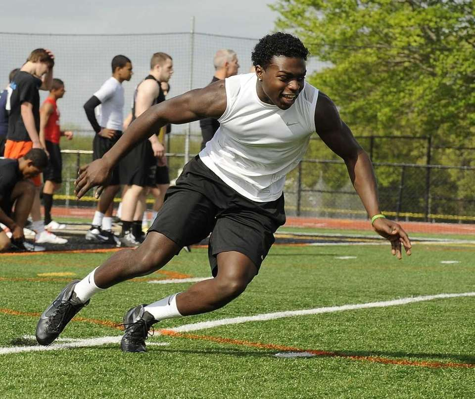 Wide receiver Jordan Wesley from Longwood high school