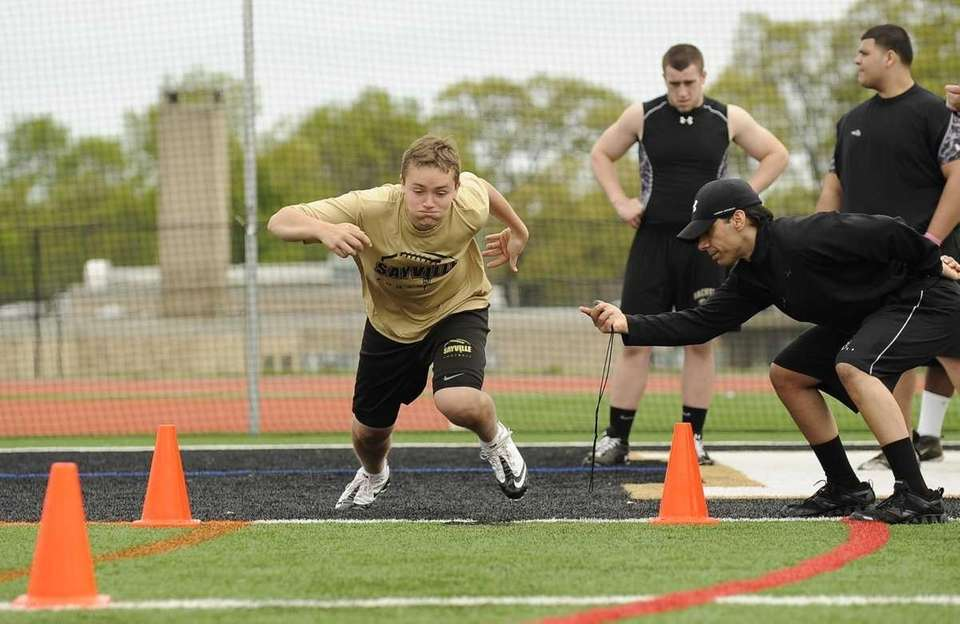 Linebacker Jake Haggart from Sayville high school starts