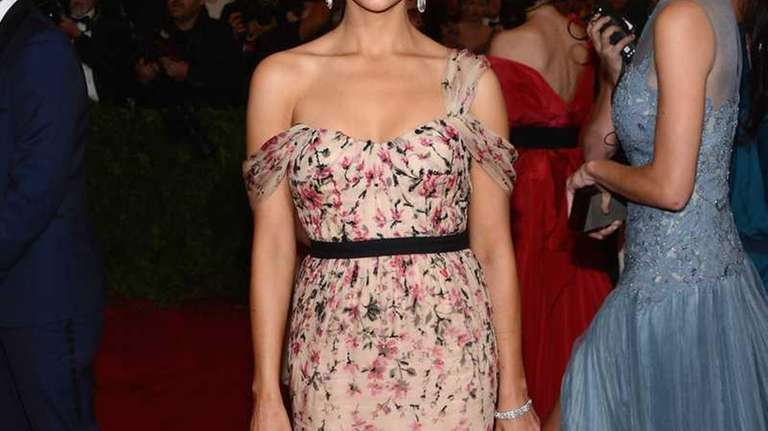 Actress Rashida Jones attends the