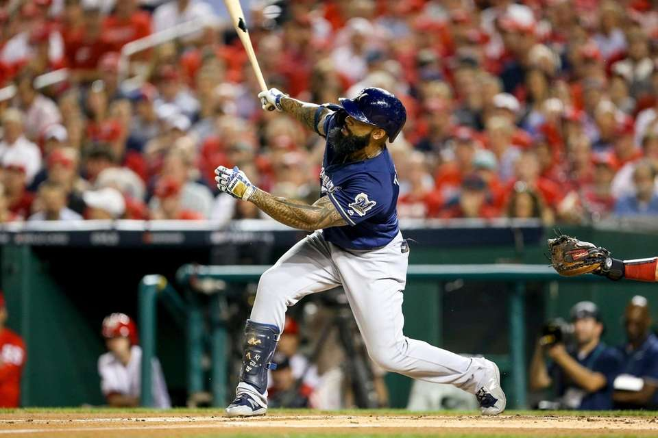Milwaukee Brewers' Eric Thames hits a solo home