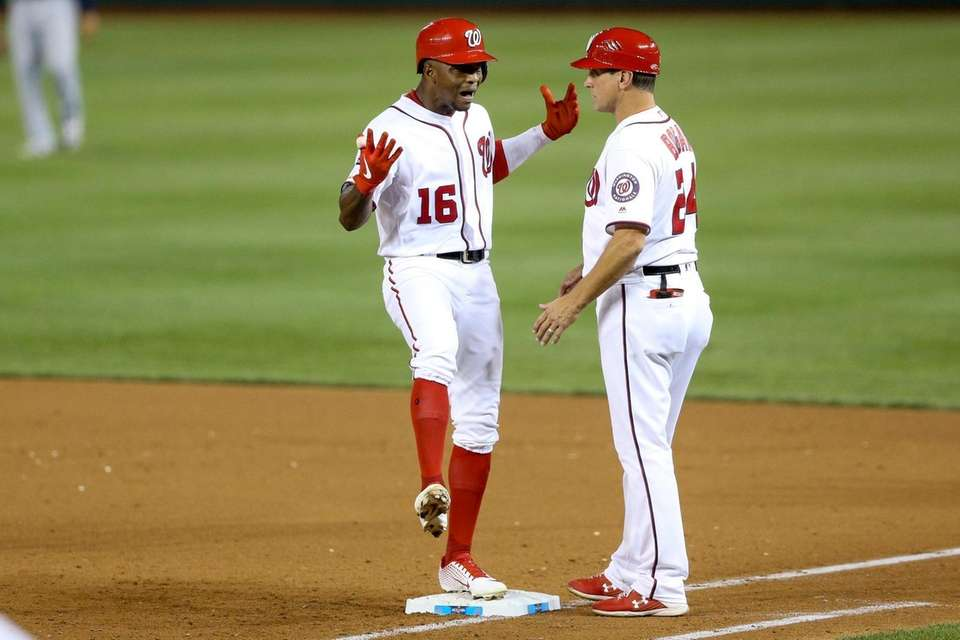 Washington Nationals' Victor Robles tries to pump up