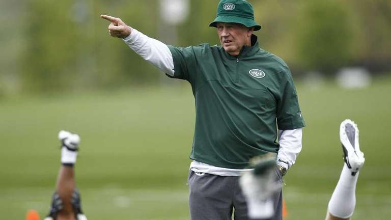 New York Jets special teams coordinator Mike Westhoff