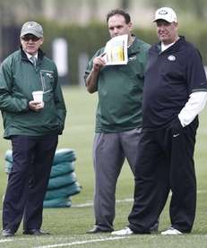 From right, New York Jets head coach Rex