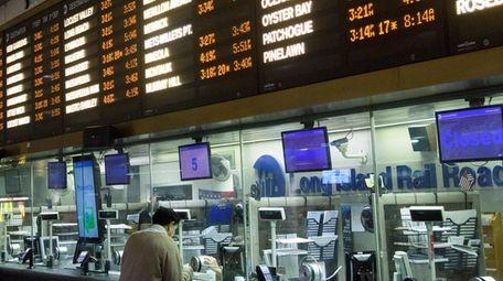 On Saturdays and Sundays, LIRR customers can travel