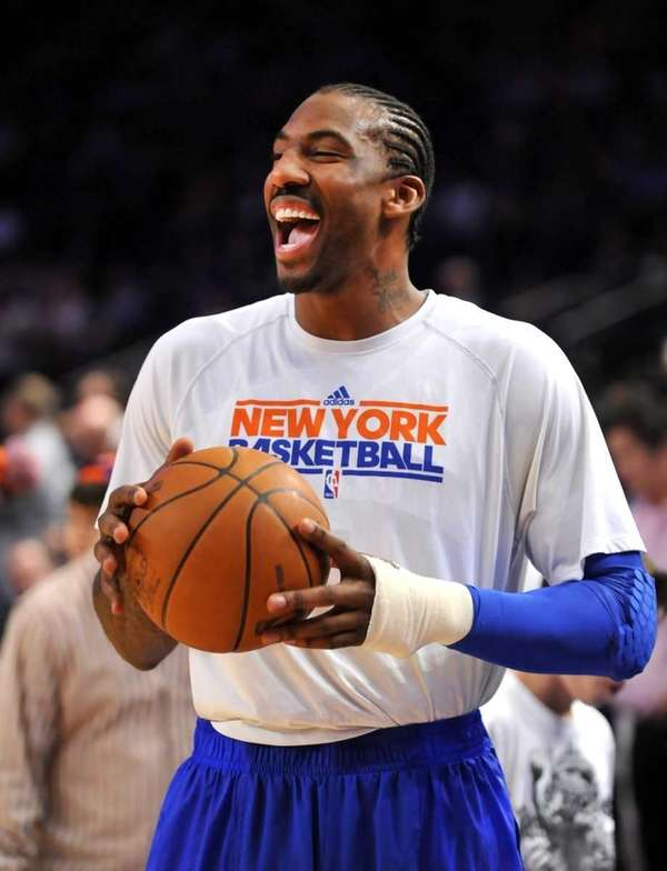 Amar'e Stoudemire smiles before Game 4 of the