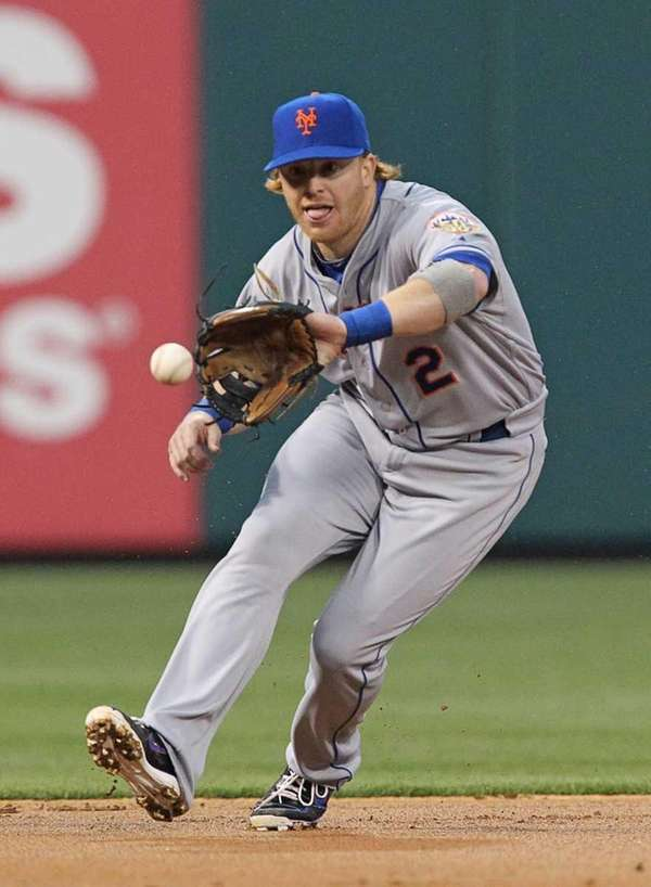 Second baseman Justin Turner fields a ground ball