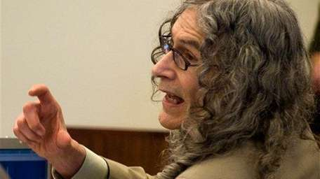 Serial murder suspect Rodney Alcala delivers his final