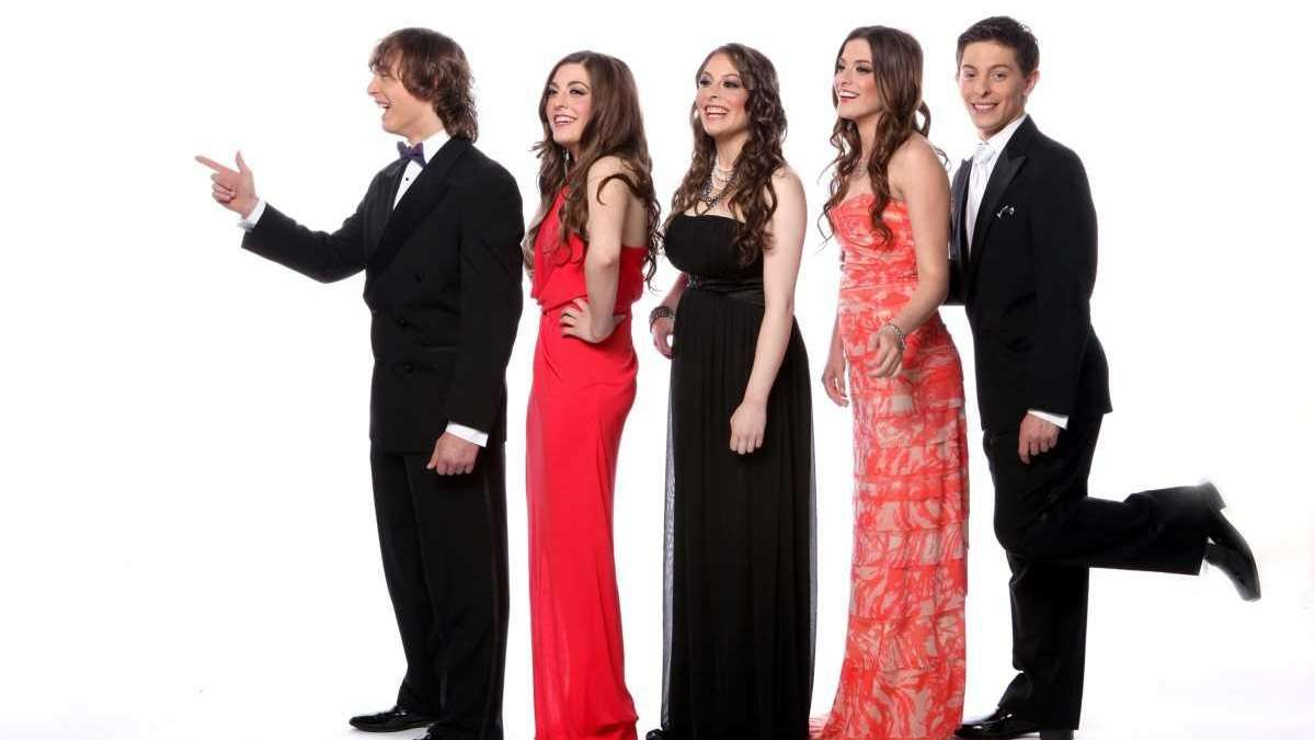 Project Prom Enter To Win A Prom Shopping Spree On Newsday Newsday