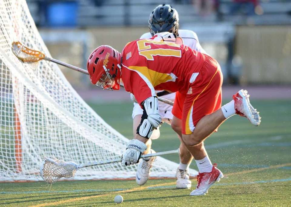 Chaminade's Thomas Zenker (17) loses the ball on